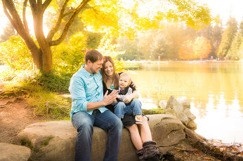Outdoor family photography session in Burnaby B.C.