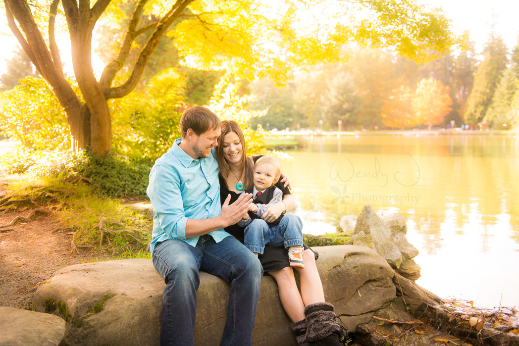 Outdoor family photography session in burnaby b c