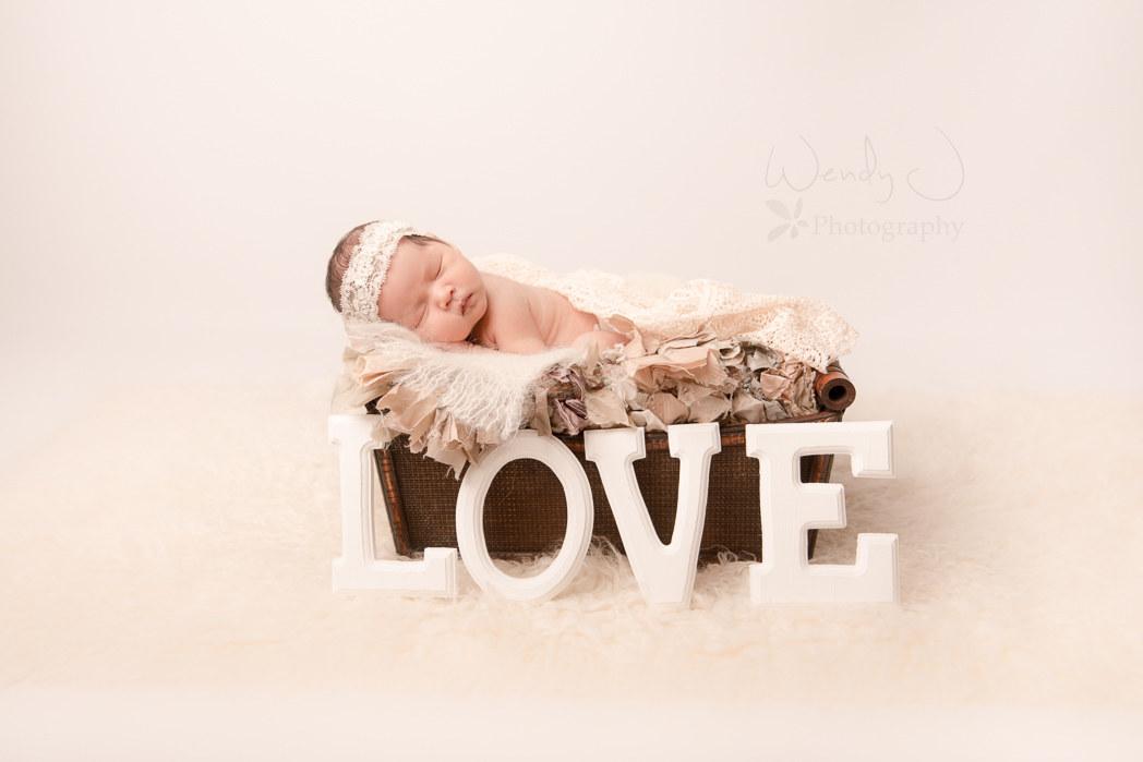 Vancouver newborn photography.